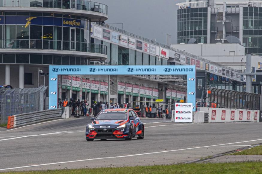 210607 (사진3) 현대자동차, 뉘르부르크링 24시 내구레이스와 WTCR 동시 우승.jpg