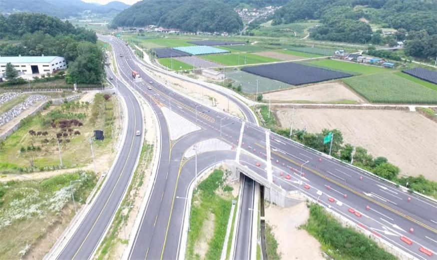 괴산-음성 국도건설공사(아성교차로 일대 전경).jpg